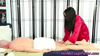 Brunetter Massage Onani Blowjobs