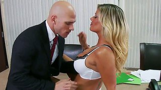 Kristal Summers And Johnny Sins Hard Fuck In Chief?s Office