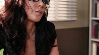 Diana Prince Loves To Help Frustrated Students