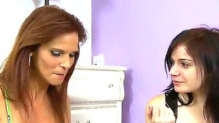 Brunette And Redhead, Alexis Blaze And Syren De Mer In Hot Cock Sucking Action In The Bedroom