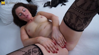 Beautiful Milf Masturbating On Bed