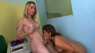 Fernanda Hot Gets Blown By Lovely Sabrina C.