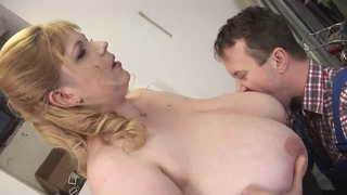 Blonde Bbw-Milf With The Repairman