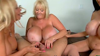 Sofia Staks And Echo Valley With Kayla Having Some Fun A Cock
