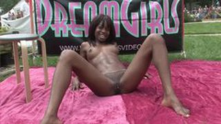 Ebony Dreamgirls - Scene 1