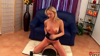 Czech Blonde Slut Jerry Potter Rides On Sybian