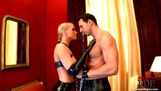 Dominatrix Kathia Gives Bj!