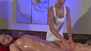 Lesbians Model Massage Using Her Hands To Satisfy Her Client