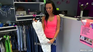 Amateur Babe Heather Gets Dirty In The Shop