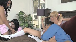 An Amazing Group Scene With The Sympathetic She-Males Aly Sinclair, Honey Foxxx B And Jesse Flores