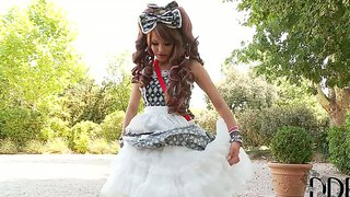 Playful Hot Subil Arch In Costume Teases Outoodr
