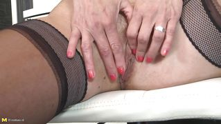 Blonde Mature Slut Gets Herself Off