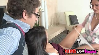 Bisex Action With Ava Addams & Dillion Harper
