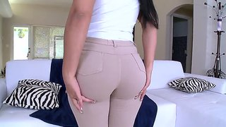 Sexy And Very Hot Latina's Ass Wants To Be Fucked