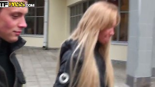 The Attractive And Very Seductive Blonde Whore Lindsey Makes A Great Blowjob Outdoors