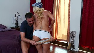 Keiran Lee And Leya Falcon Get Down And Dirty