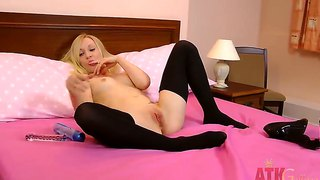 Talented Sophie Uses A Small Dildo To Reach Orgasm