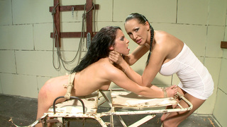 nadia villanova oral examination