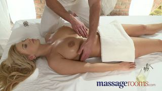 Massage Rooms Girls Scream In Ecstasy