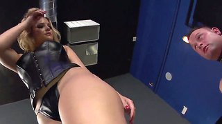 Crazy Bdsm Action With A Horny Slut Alexis Texas And A Poor Guy Jeremy Conway